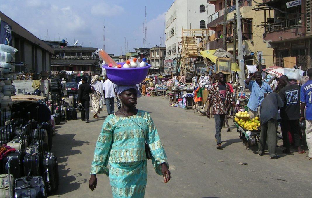 Nigeria 2006 008 1068x679