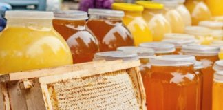 Stuck Prices For Ukrainian Honey Have Fallen By 30 Beekeepers Are Holding Back Sales