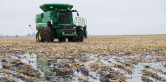 Rain Delays Plague Harvest B57770bf 324x160