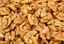 Cracked The Export Price For Ukrainian Walnuts Fell By 36 Over The Week