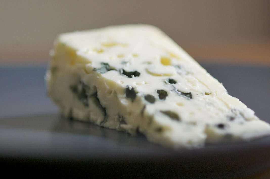 Paid Cheese Import Of Cheese Increased By 51 Due To The Growth Of Shadow Wages